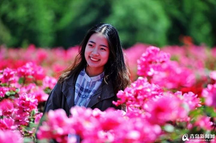 山科大毕业季月季花开笑靥美女